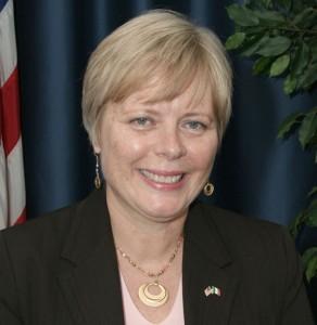 Il Console Generale Carol Perez, Courtesy of Consulate General of the United States of America