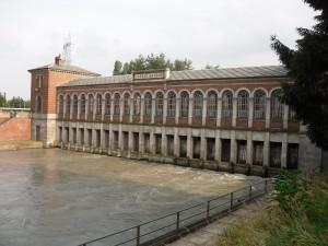 L'edificio di presa del Canale Cavour a Chivasso