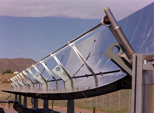 Pannello Solare Termodinamico A Concentrazione : Solare termodinamico ricetta per l italia secondo anest