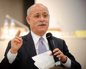 Jeremy Rifkin in una foto di Stephan Röhl (2009), Courtesy of Wikipedia