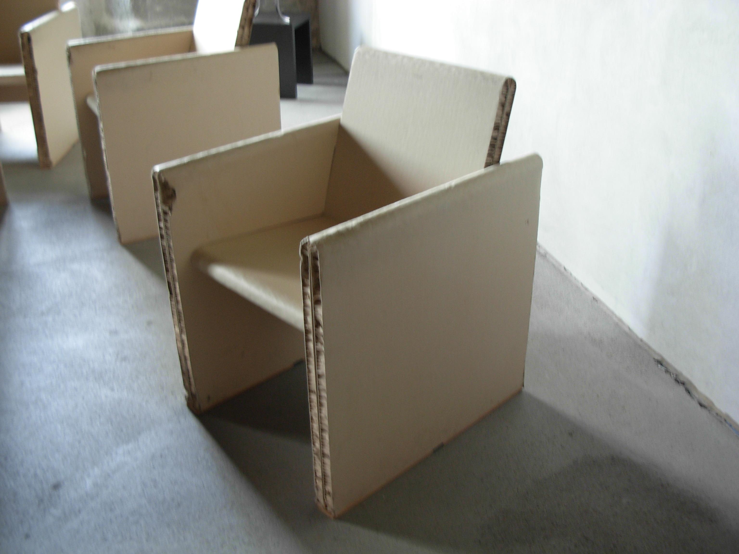 Ecopaperloop il design per migliorare la raccolta - Mobili di carta ...