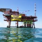 Stop Offshore Drilling Action in Adriatic SeaIn azione su una piattaforma nel Mar Adriatico